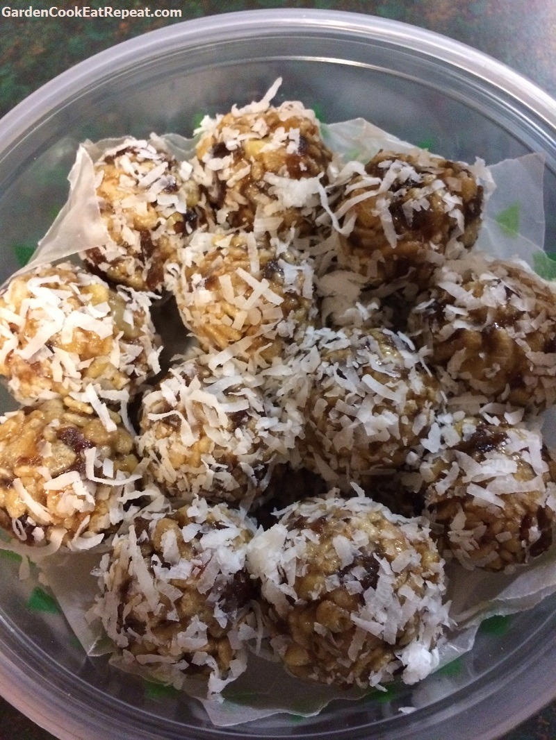 Famous Coconut Date Balls